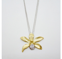 Quaglia Collana Fiore Diamanti