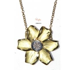 Quaglia collana girocollo oro giallo k18 fiore pavè diamanti ct 0,056